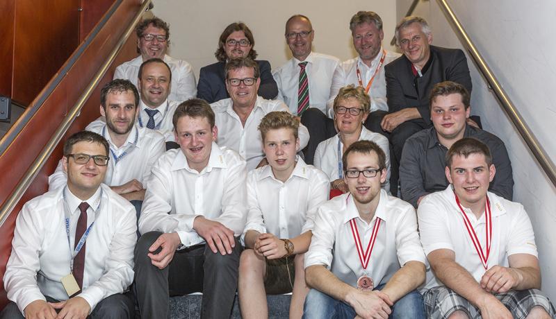 Die Tiroler Abordnung mit dem Osttiroler Innungsmeister Friedrich Wieser (links vorne) konnte sich über ein ausgezeichnetes Ergebnis freuen.