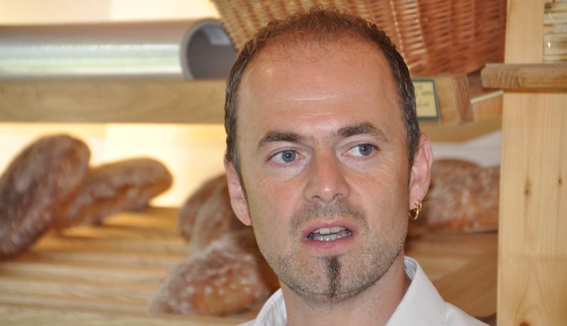 """LW-Präsident Ing. Josef Hechenberger: """"Die Intervalle, in denen Lebensmittelskandale auftreten, werden immer kürzer. Die Tiroler Bauern bieten hingegen transparente, ehrliche Produkte an, die den Kundenbedürfnissen entsprechen."""""""