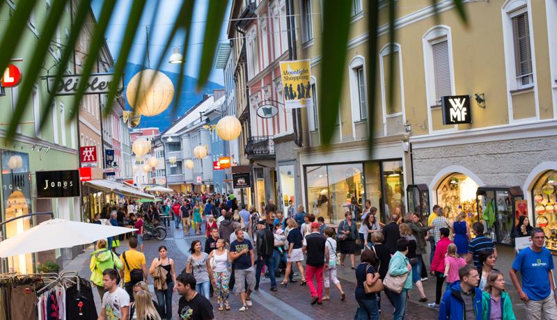 Moonlight Shopping In Lienz Erstmals Mit Flohmarkt