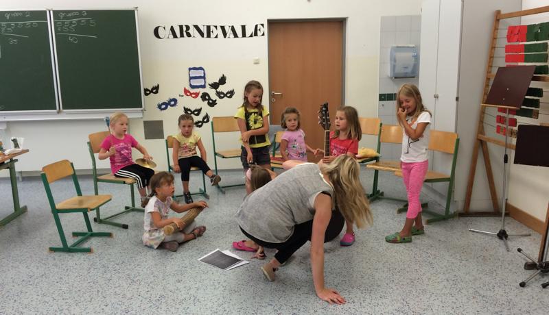 """Das gemeinsame Musizieren stand beim Workshop """"Musik verbindet"""" im Mittelpunkt."""