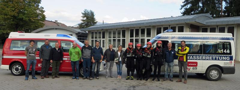 Die Wasserrettung Osttirol und die Feuerwehr Lienz testeten gemeinsam mit Vertretern des Zivil- und Katastrophenschutzes das System. Mit dabei auch Bezirksfeuerwehrinspektor Franz Brunner und VertreterInnen der BH.