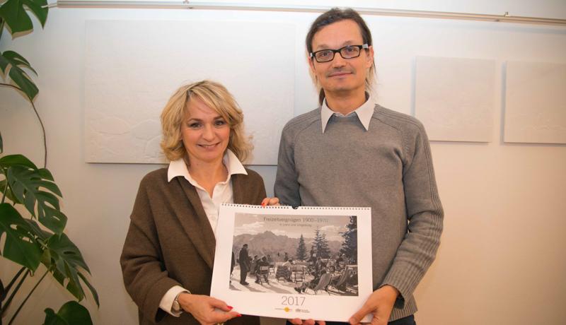 Bgm. LA DI Elisabeth Blanik und TAP-Leiter Dr. Martin Kofler stellten den Kalender vor.