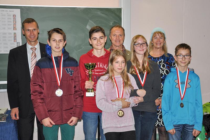 Preisträger U14 v.l.n.r.: Wolfgang Lechner, Thomas Warmuth, Simon Lugger, Laura Schneider, Rebecca Staller, Kevin Wurnitsch