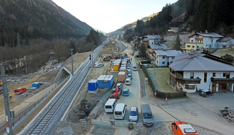 eisenbahnunterfuehrunthaleinweihung-landtirol1