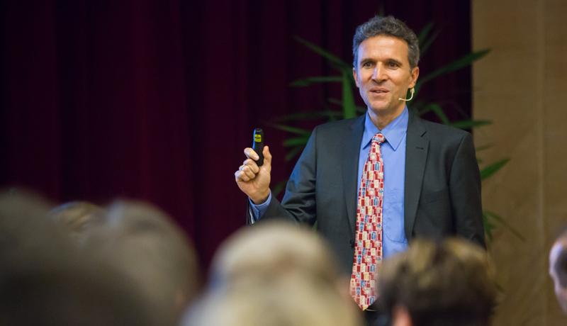 Univ.-Prof. Justus Piater, PhD, informierte über die neuesten Entwicklungen in der Robotik.