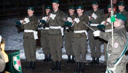 angelobungjgb24schlossbruck-militaermusik-bru