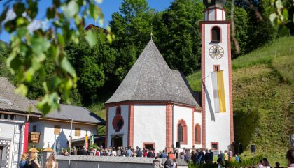 altarweiheantoniuskircheheinfels-g036-brunner