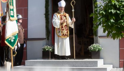 altarweiheantoniuskircheheinfels-g042-brunner