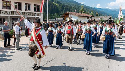 oberlaenderbataillonsschuetzenfest-abfaltersbach-c-brunner-start