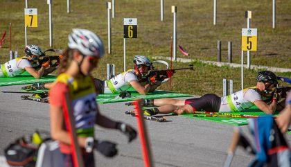 biathlon Schiesstand mit Waeger Lorenz 9 und Mesotitsch Daniel 24_c_brunner images