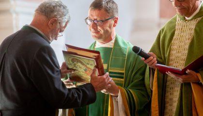 Einfuehrung des Neuen Pfarrers