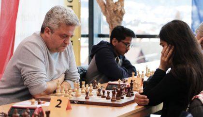 schach-lienzopen-AndreiIstratescu-vs-NishaMohota-c-oh